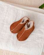 BOTINHA Sheepskin Newborn Booties in Tan