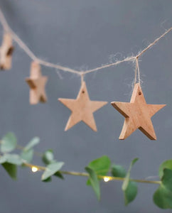 CHANA Mango Wood Star Garland