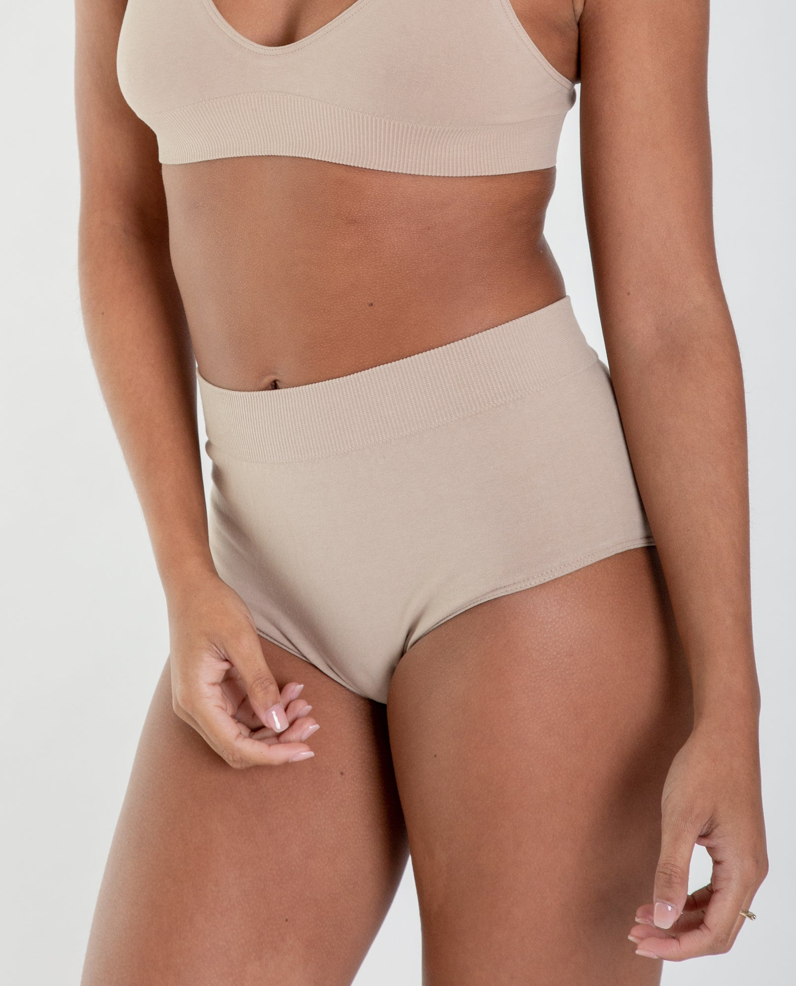 ENDIJA Organic Cotton High Waisted Knickers In Nude