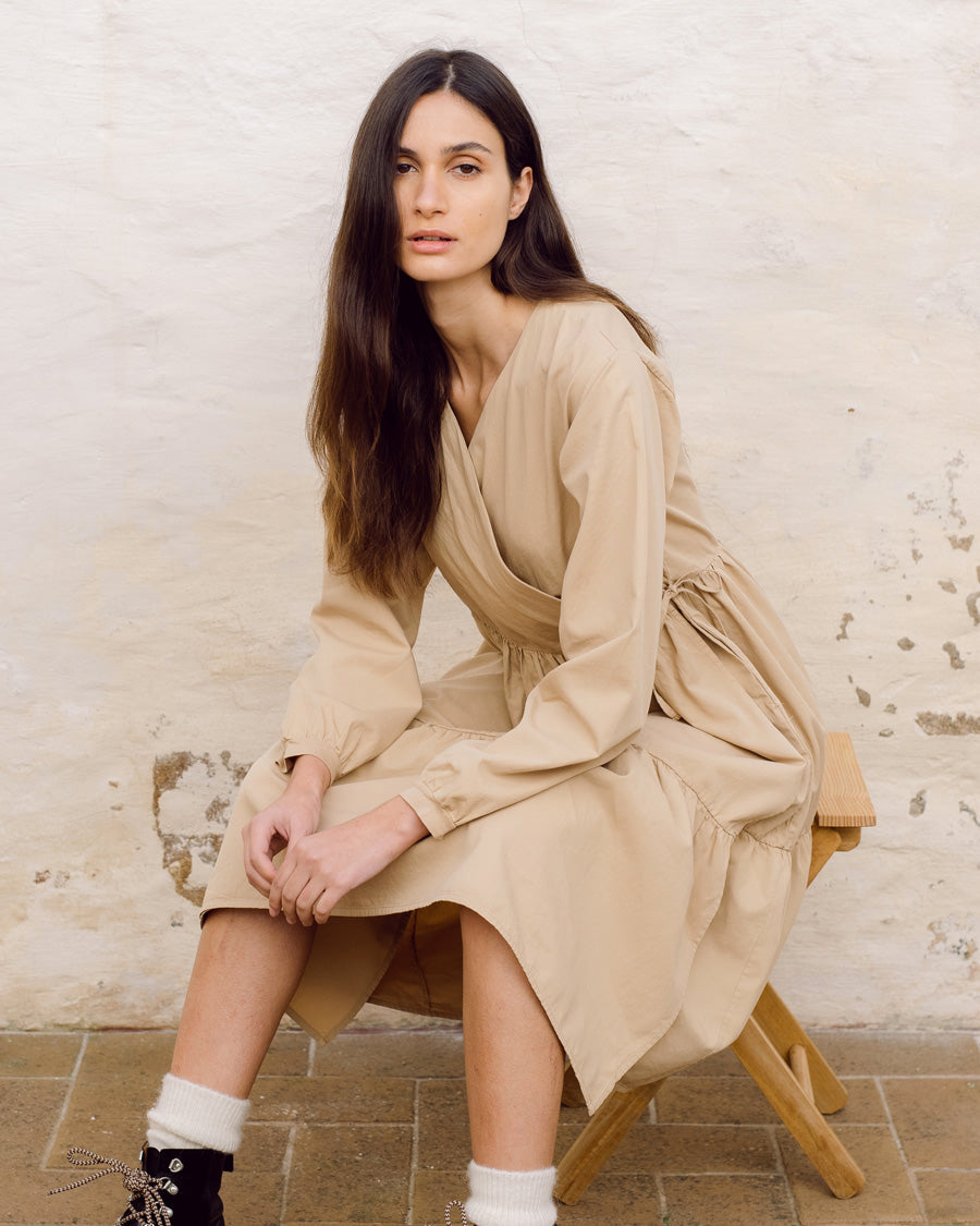 Gwen Organic Cotton & Tencel Dress In Camel