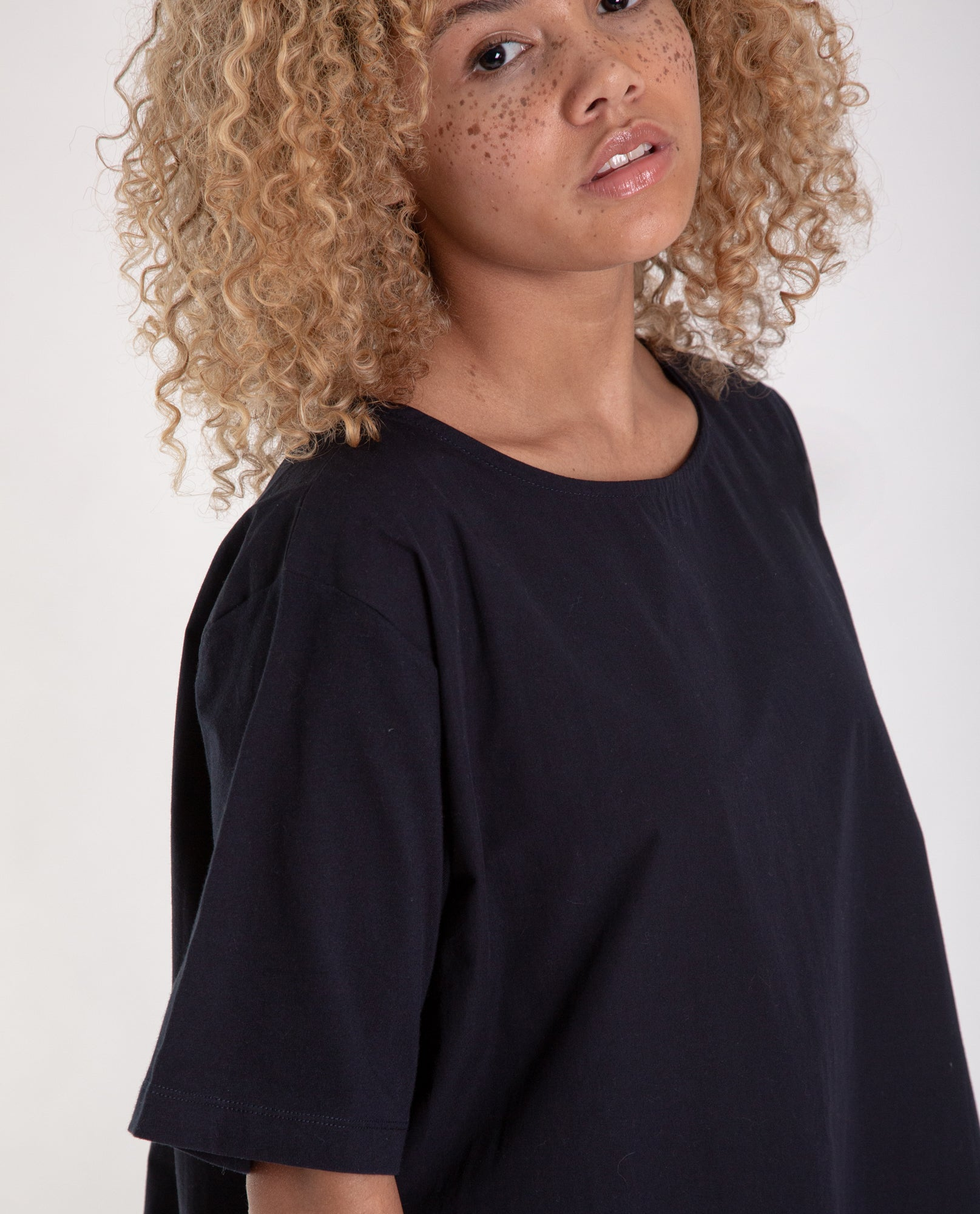 HAYLEY Organic Cotton Top in Deep Indigo