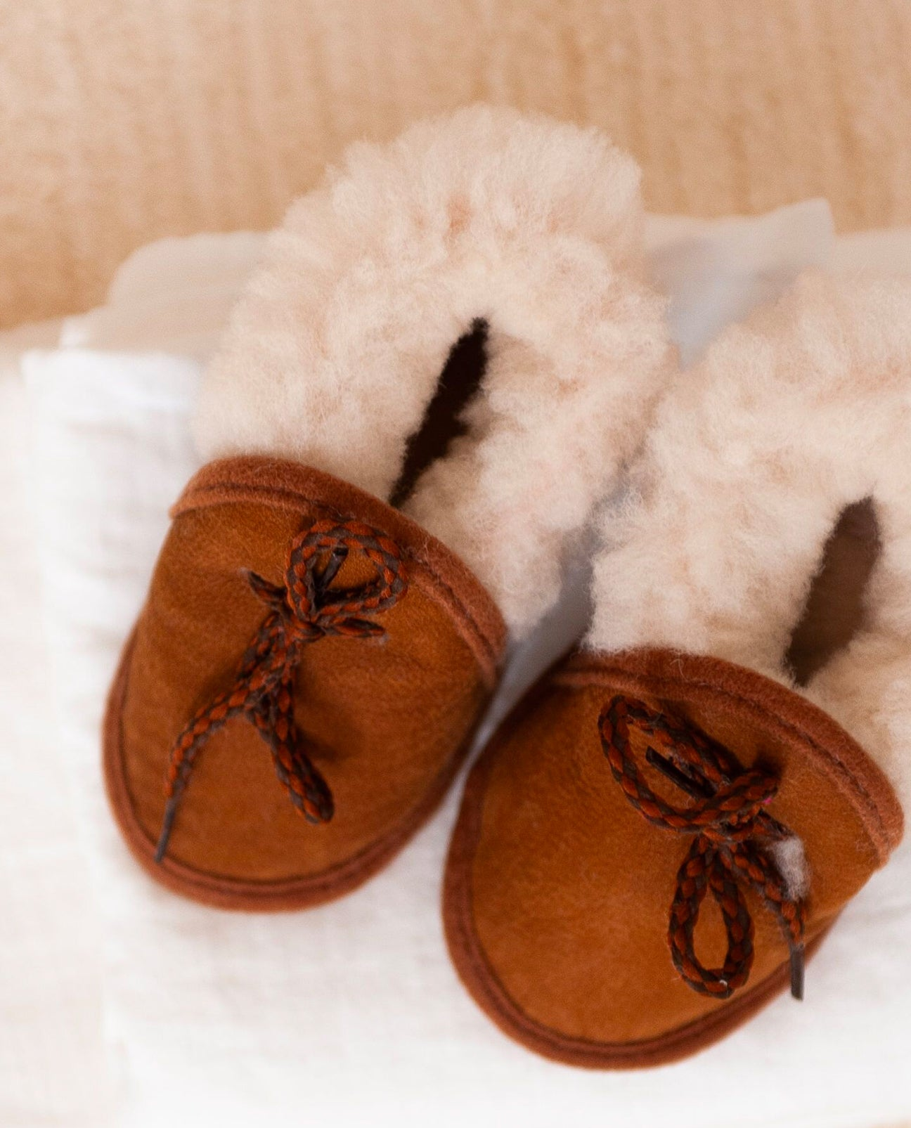 LACO Sheepskin Newborn Moccasins in Tan