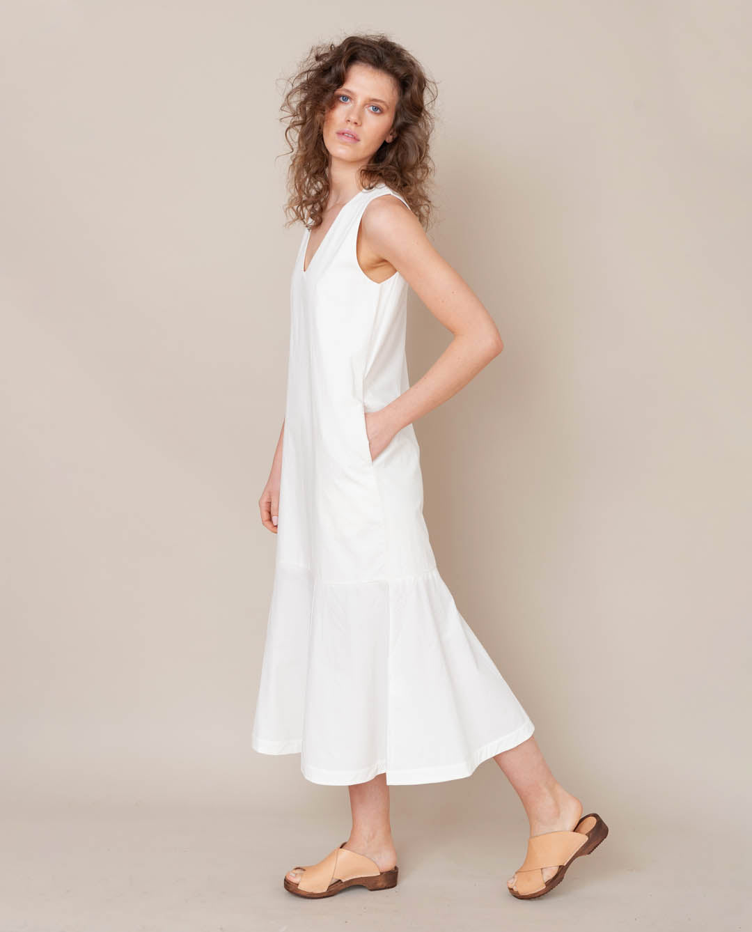 Madelyn Organic Cotton Dress In Off White