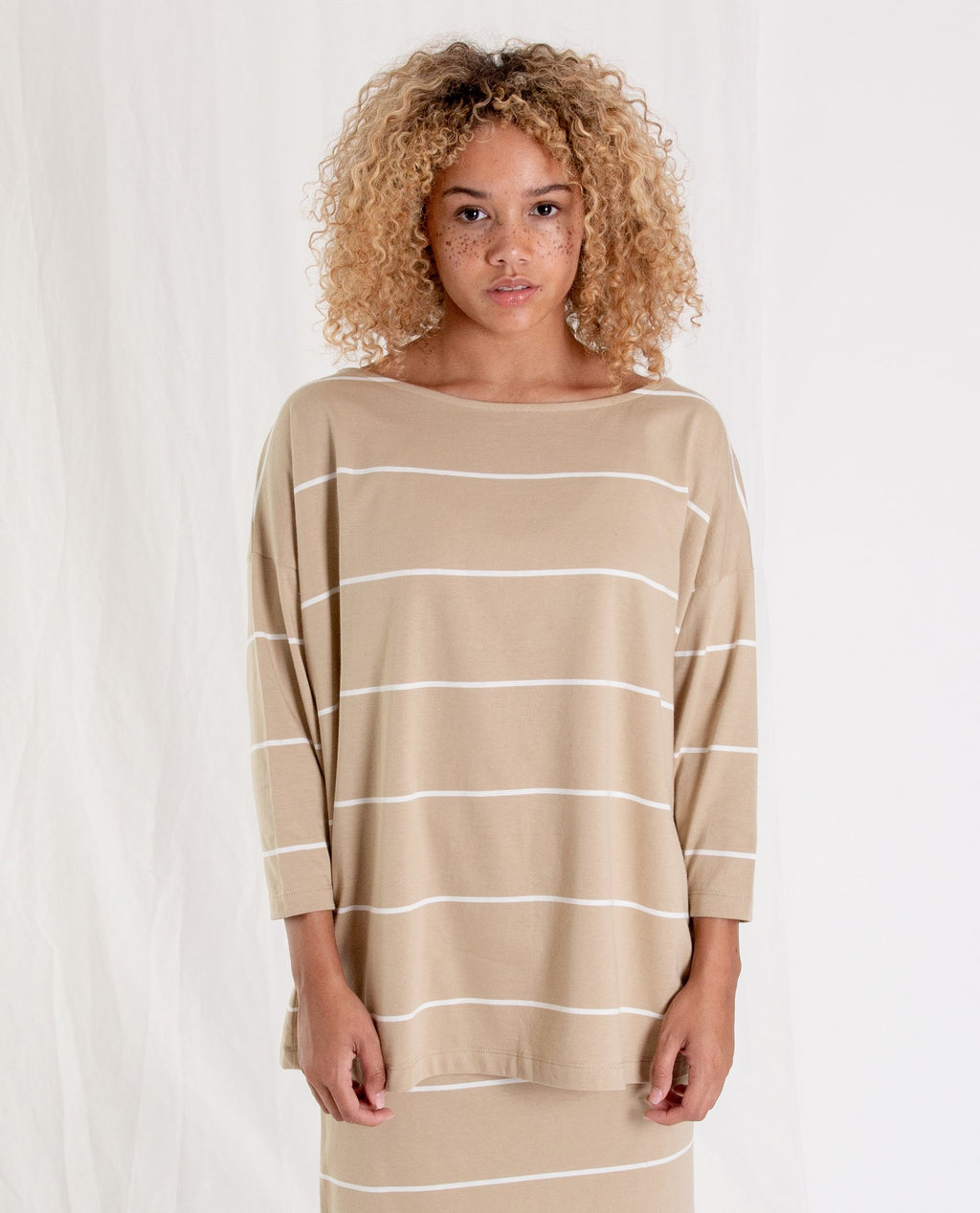 MAFALDA-SUE Organic Cotton Top In Sand And Ecru