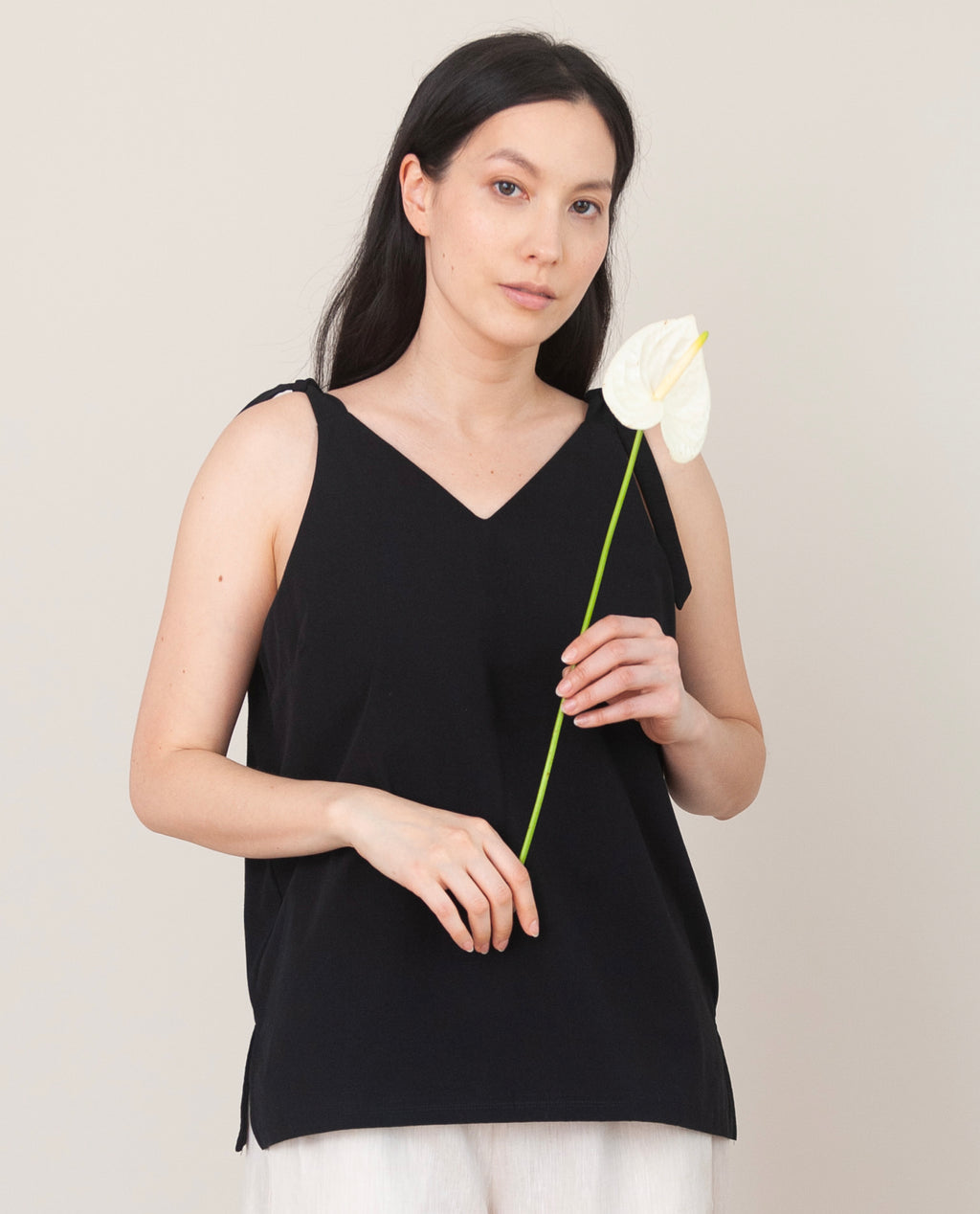 MAGGIE Organic Cotton Top In Black