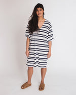 Sasha-Sue Organic Cotton Dress In Off White & Navy