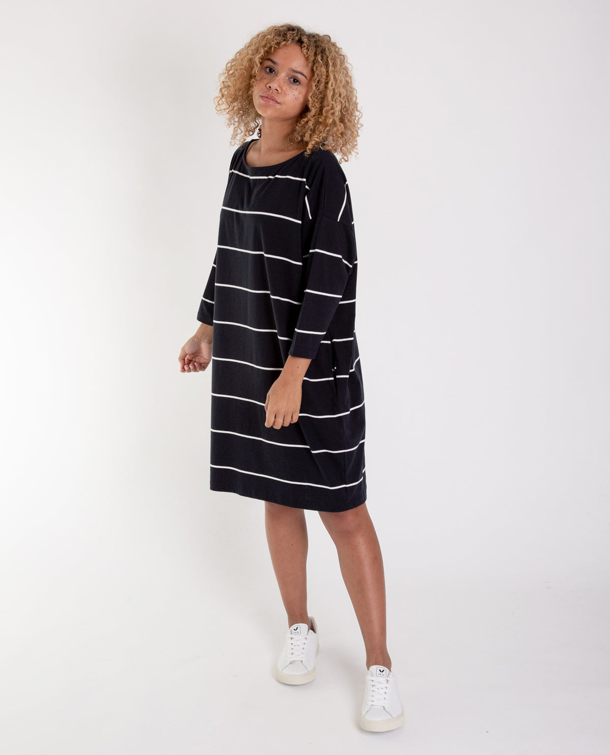 3a67b0fa31 SOPHIE Organic Cotton Dress In Deep Indigo And Off White