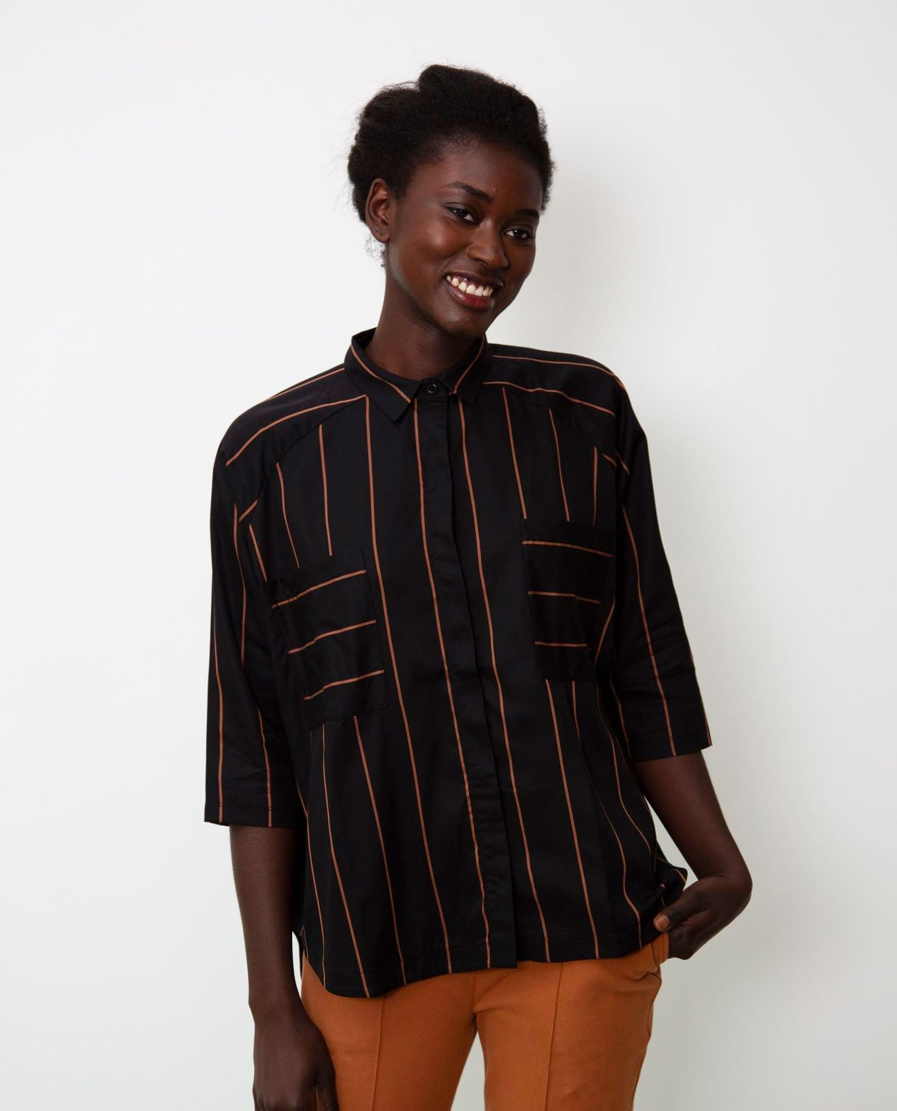 Stephanie-Sue Tencel Shirt In Black & Tan