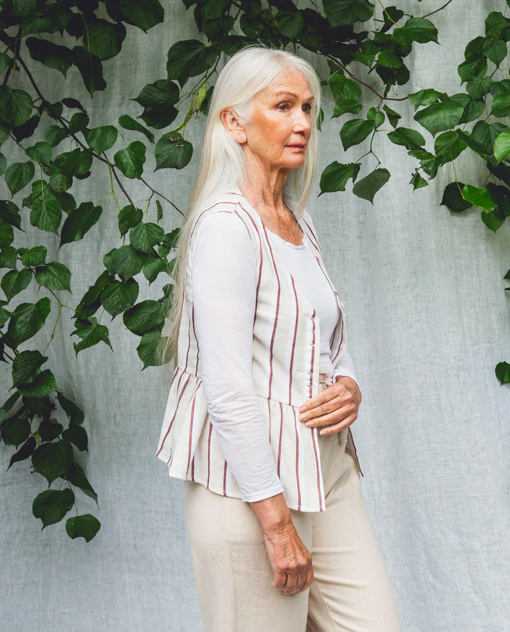 Tamsin-Sue Linen Blouse In Cream & Plum.
