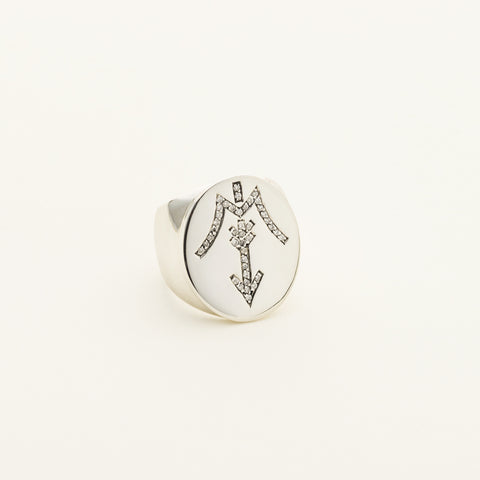 Sioux City signature ring - silver and diamonds