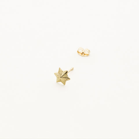 3D Star earring - 18k gold