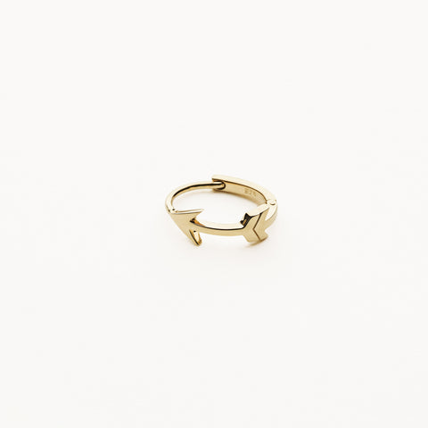 Arrow hoop earring - gold plated