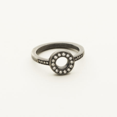 Circle ring - silver and diamonds