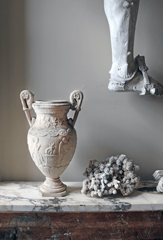 Early 19th Century Italian marble vase with angel relief - A Modern Grand Tour