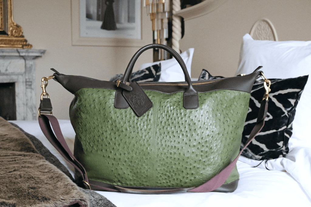 Large Aynhoe Overnight Bag in Forest Green - A Modern Grand Tour