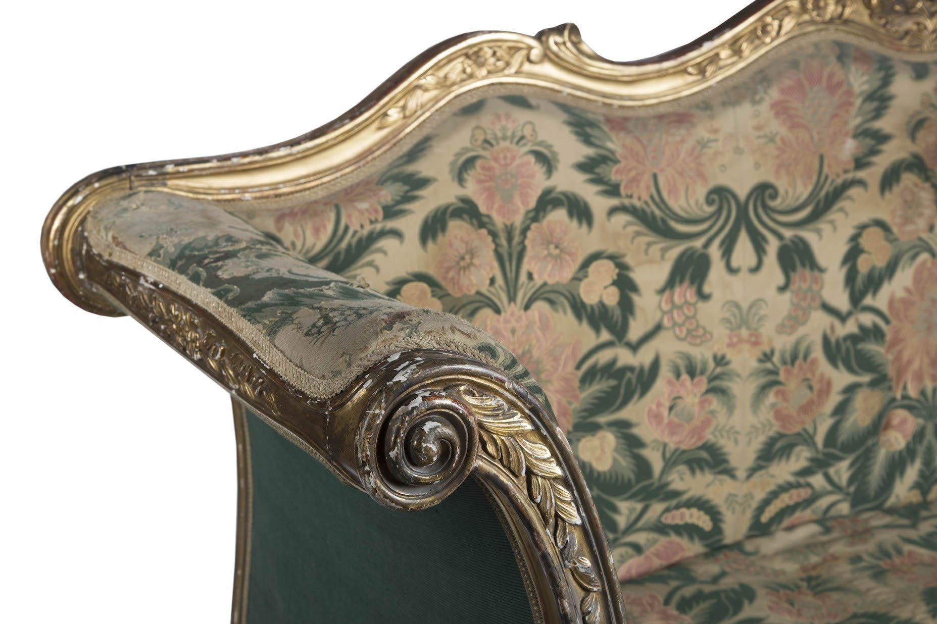 1875 English Giltwood Sofa - A Modern Grand Tour