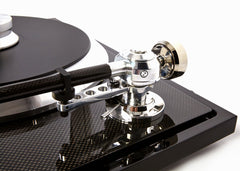 EAT C SHARP TURNTABLE WITH ORTOFON QUINTET BLACK CARTRIDGE
