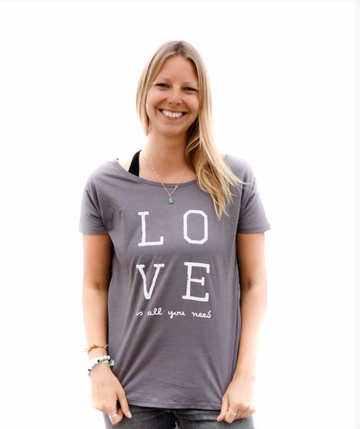 Love T-shirt with V-back | Karma Collective