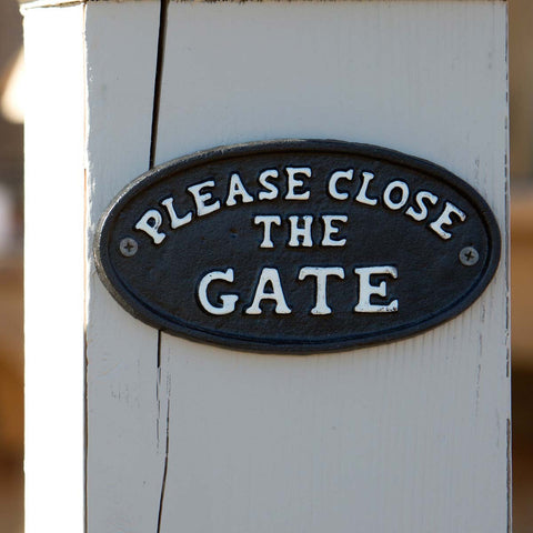 "Cast Iron ""Please Close the Gate"" Sign for your gate"