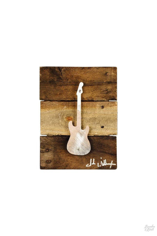 A perfect gift for the electric guitar lover in your life this stunning stratocaster guitar metal art wall decor is the perfect blend of iconic metal