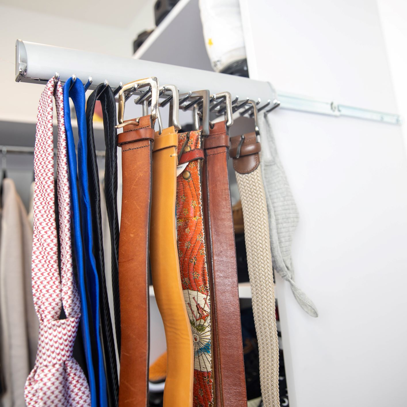 Christina's Corner //  How to Organize Your Belts!