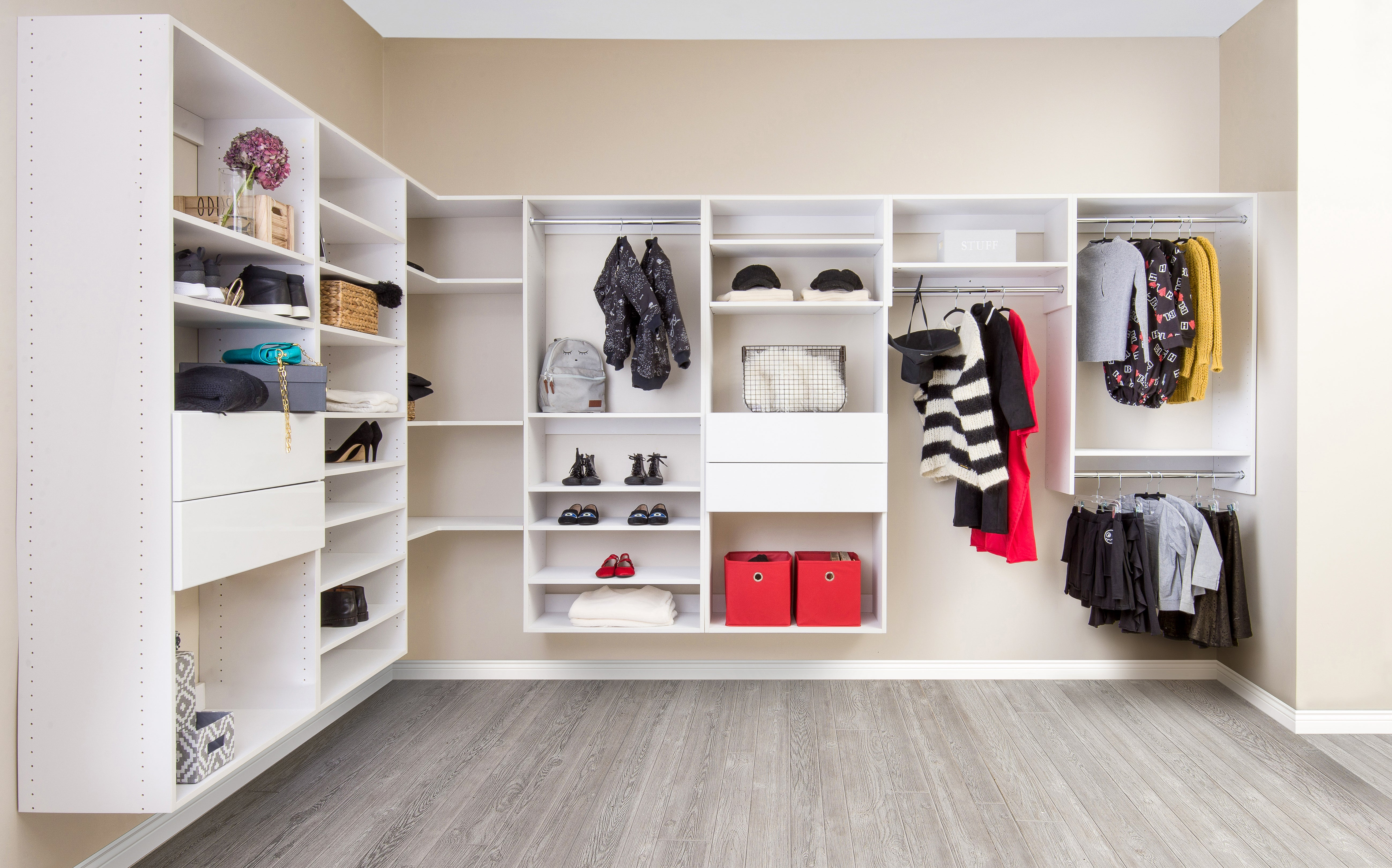 Charmant 3 Of The Best Closet System Hacks To Level Up Your Home Organization This  Fall