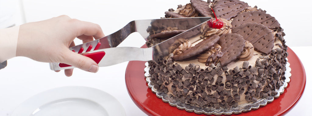 Mrs. Fields Slice N Easy™ Cake Cutter