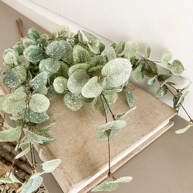Iced Eucalyptus Stem Set
