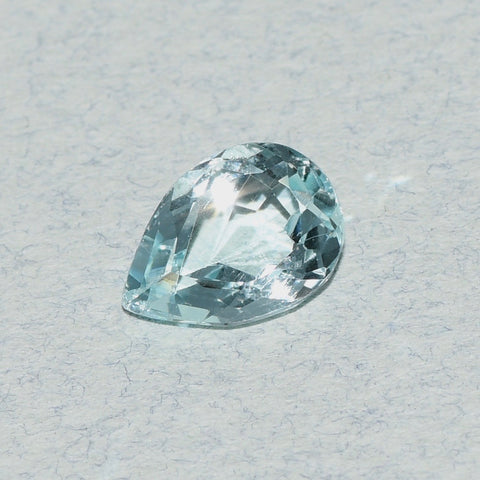 1.98 ct Aquamarine, Pear Shape, Light Blue color