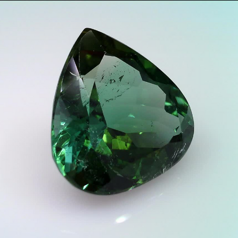 9.95 ct. natural Green Tourmaline