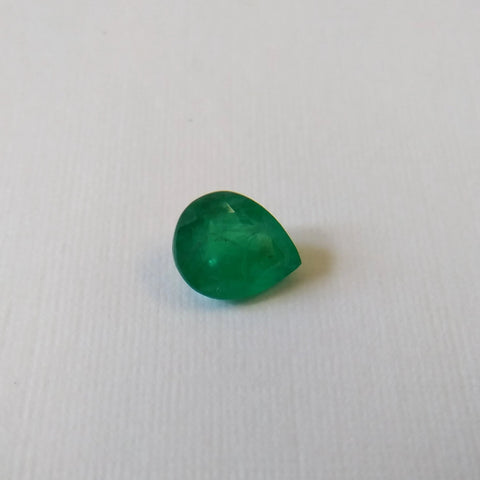 1.05ct Pear shape Emerald