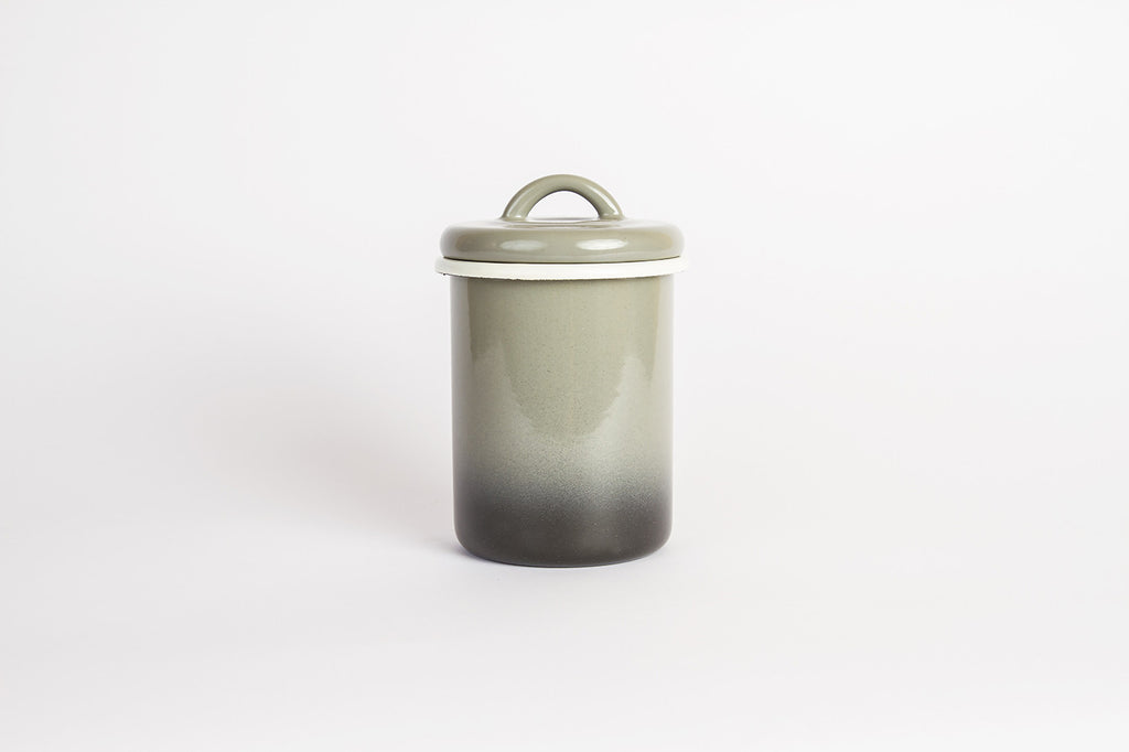 Bornn Ombre Canister