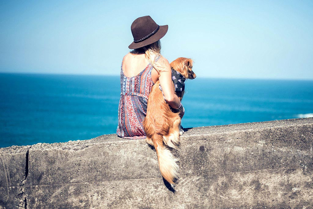 Girl with dog wearing a Samuel bandana | Zee.Dog