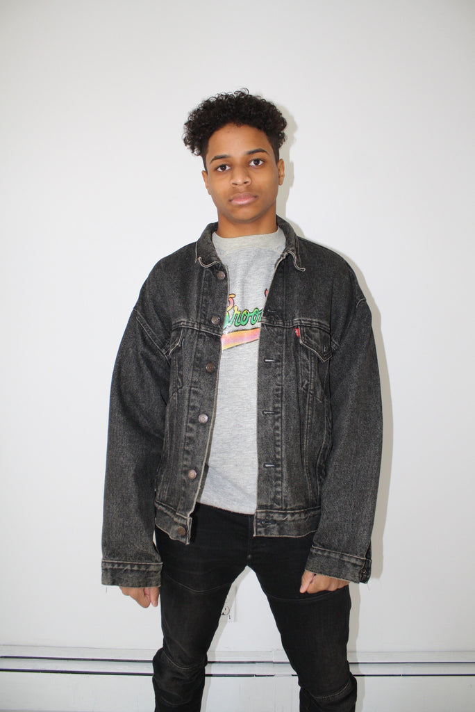 Black Levis Denim Jacket (Unisex XL)