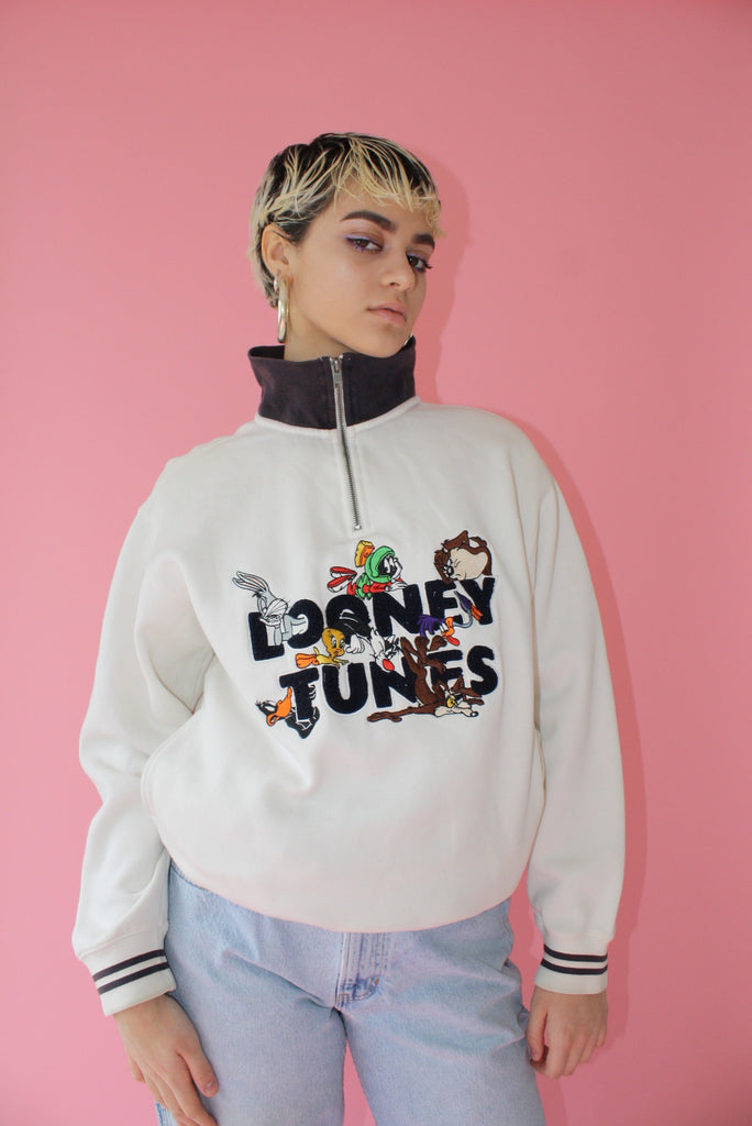 Looney Tunes Sweater (Unisex S)