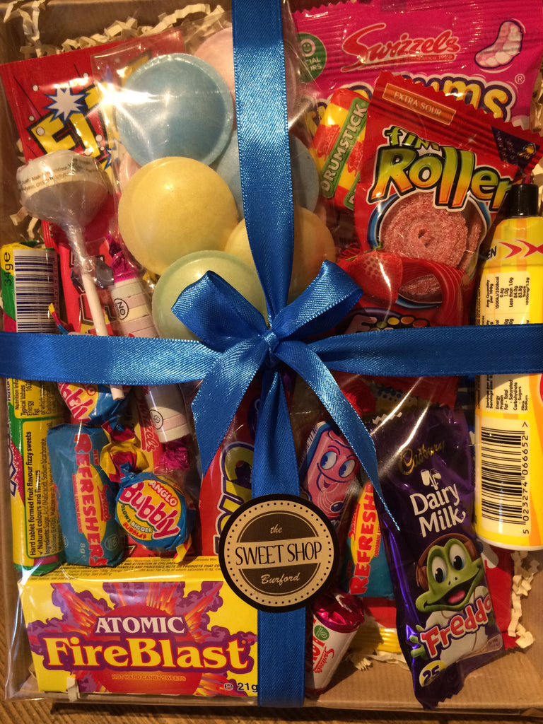 Medium Retro Hamper - Burford Sweet Shop