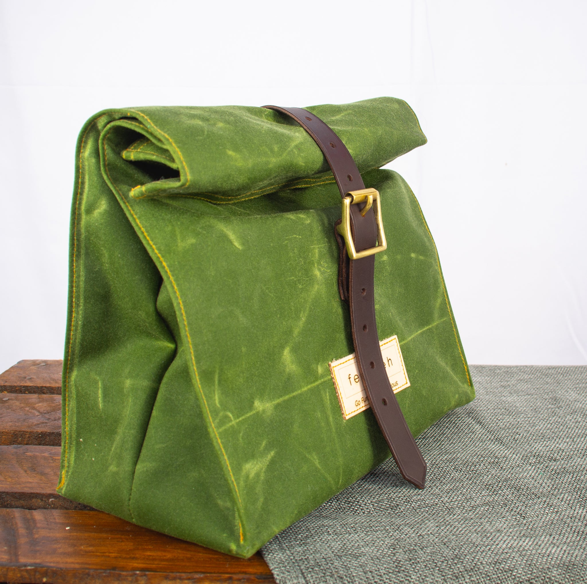 Fiadhaich Waxed Canvas Lunch Bag - Green
