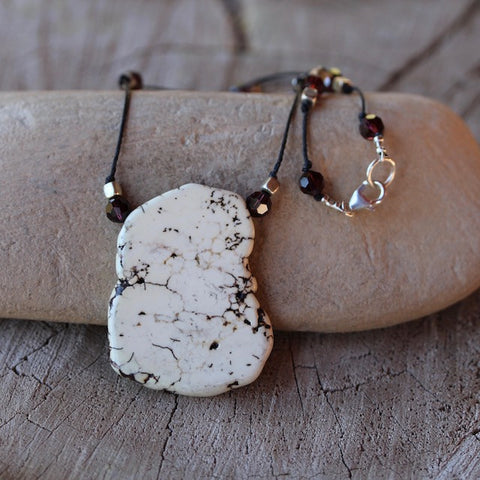 Calcite stone pendant necklace with Swarovski crystals