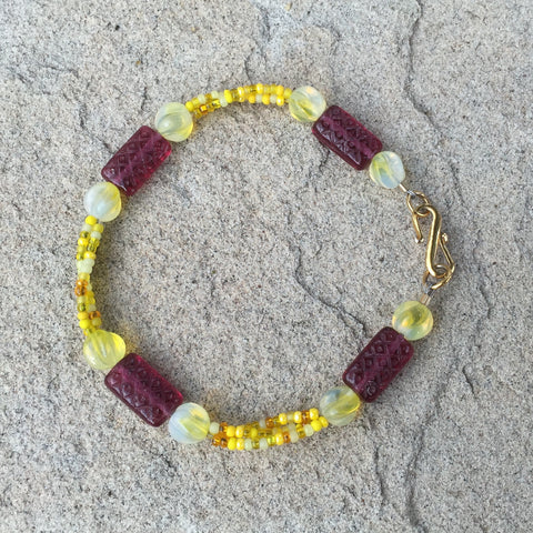 3-strand glass and seed bead bracelet