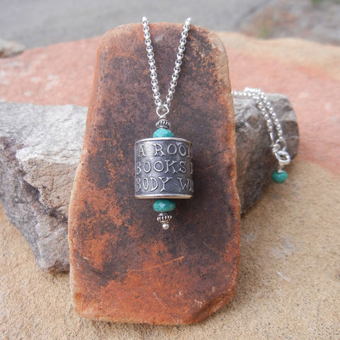 Readers' necklace with turquoise