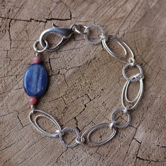 Sterling silver chain bracelet with kyanite