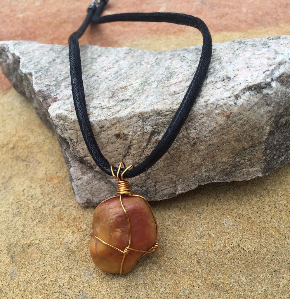 Wire-wrapped stone Pendant necklace with brass – DKTDesigns