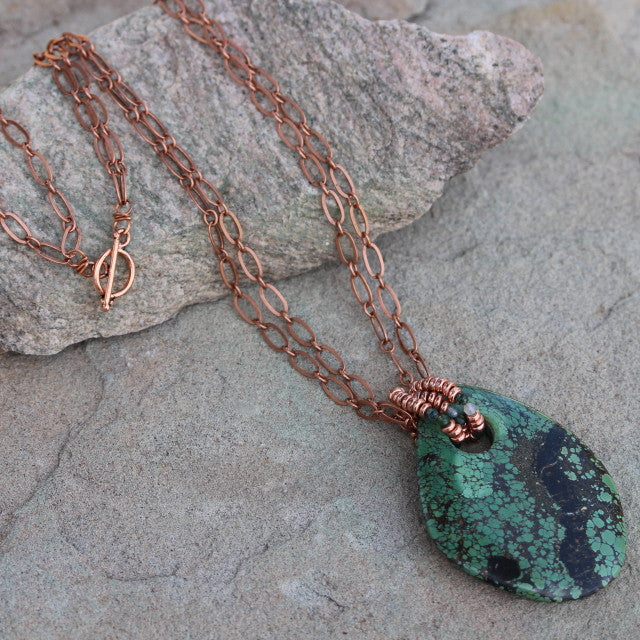 Green chrysacolla stone pendant necklace