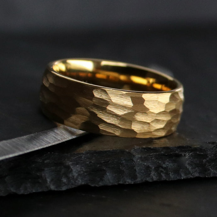 Hammered 18k Gold Wedding Ring | Northbands