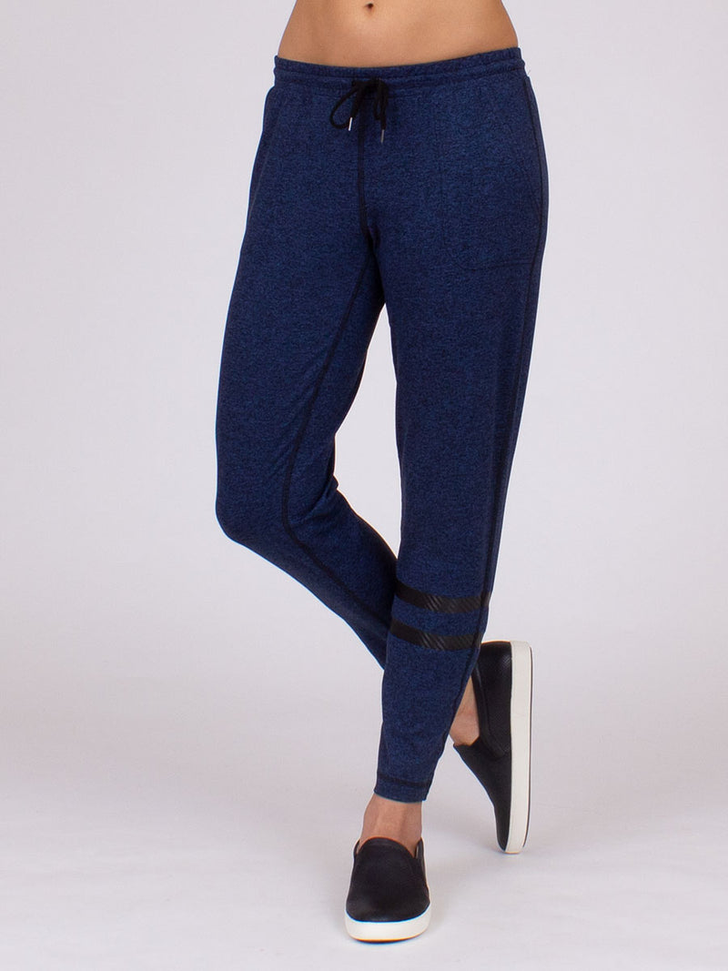 The Elevation Pant in Midnight Heather