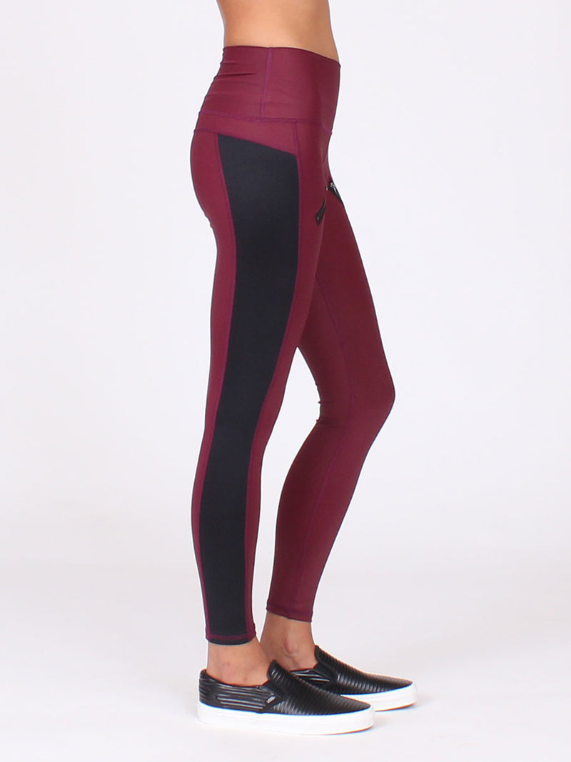 The High Beam Leggings in Bordeaux