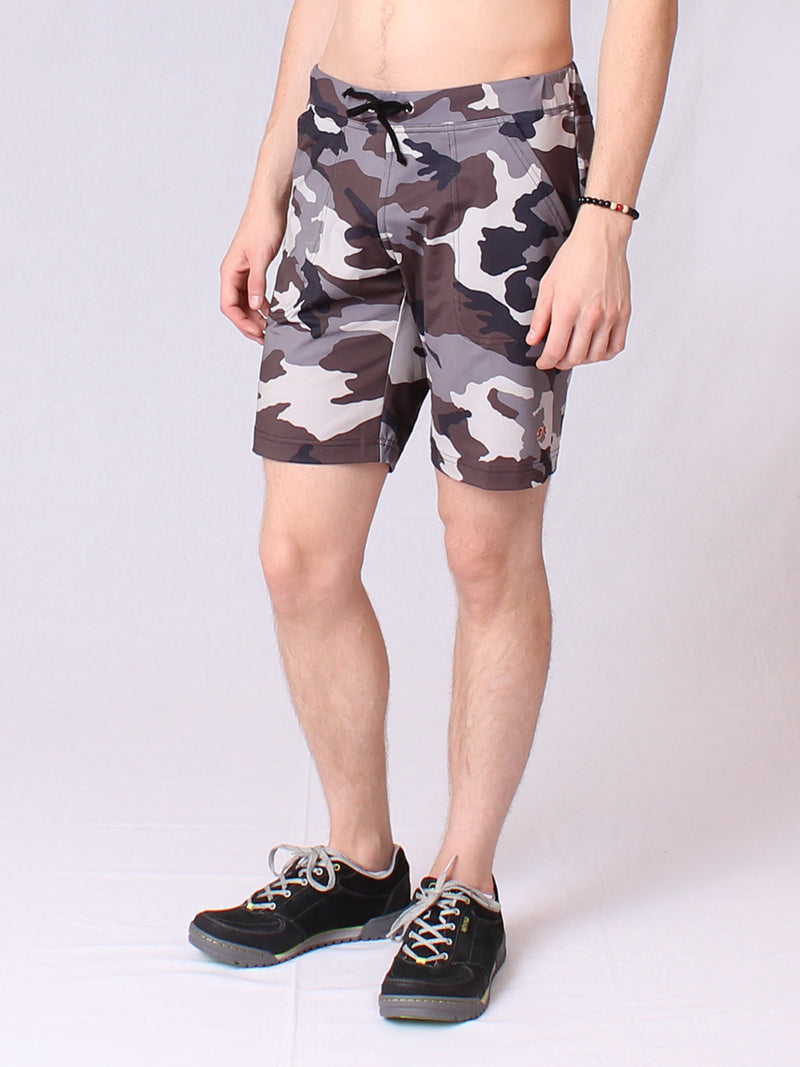 The vida Short in Camouflage