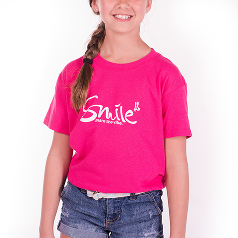 Smile Kids | Classic T-shirt | Fuchsia - Smile Share The Vibe