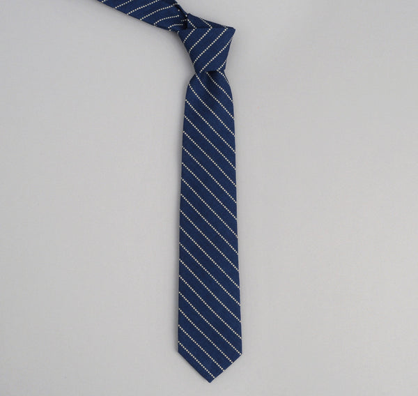 dot stripe pointed tie