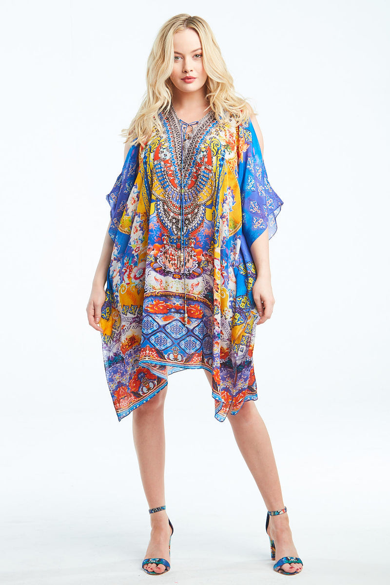 LIVE IN MOMENT SHORT KAFTAN W SLIT